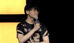 AJ自爆缺席与LGD的比赛 RNG启用神秘上单?