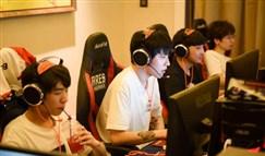 S7入围赛LPL小组头名 训练室电竞椅竟成出线关键