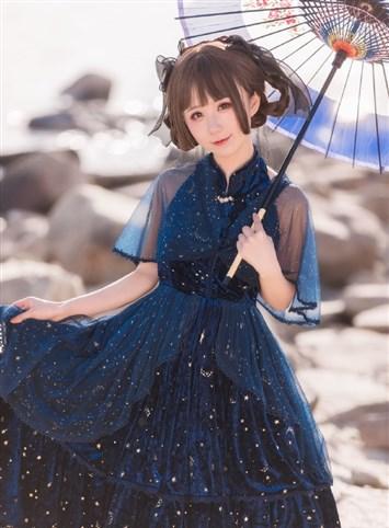 你是夏夜的星星,江边的风。